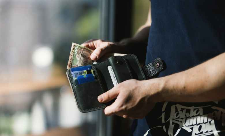 Photo of Massive Credit Card Debt? Reducing Credit Card Debt Through Settlement Programs