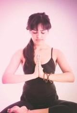 Zur Yogalehrerin umschulen lassen