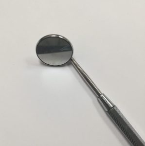 Image of dental mirror
