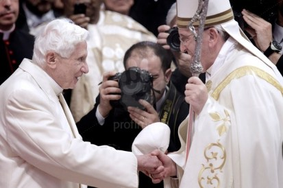 Consistory - Pope Francis appoints 19 new cardinals in St Peter Basilica