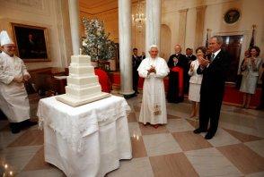 20080416_Benedict_XVI_George_W_Bush_birthday