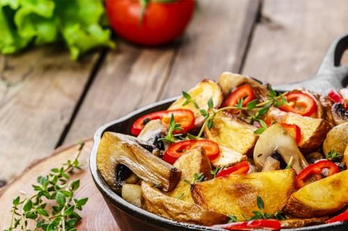 Leckere Kartoffelspalten mit Rauchsalz