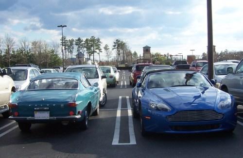Blaue Autos