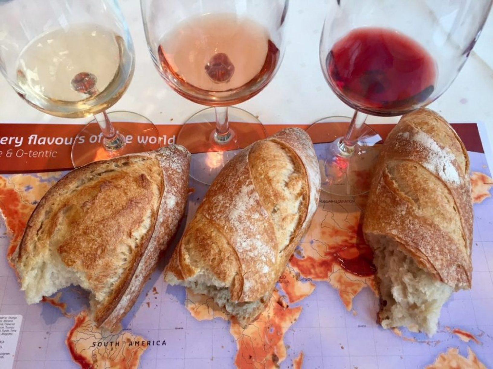 Brot und Wein lassen hunderte Aromen frei