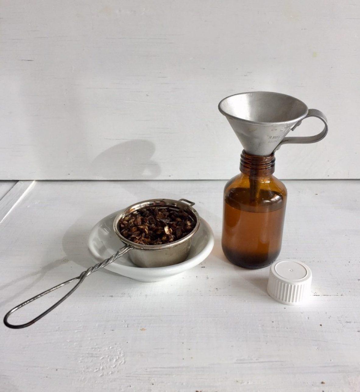 für dichten haarwuchs: homemade klettenwurzelöl