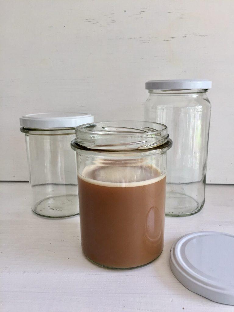Kaffeebecher aus dem Müll gerettet und hundertmal zu benutzen
