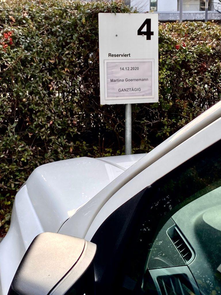 Glueck oder Glück. Hauptsache Parkplatz