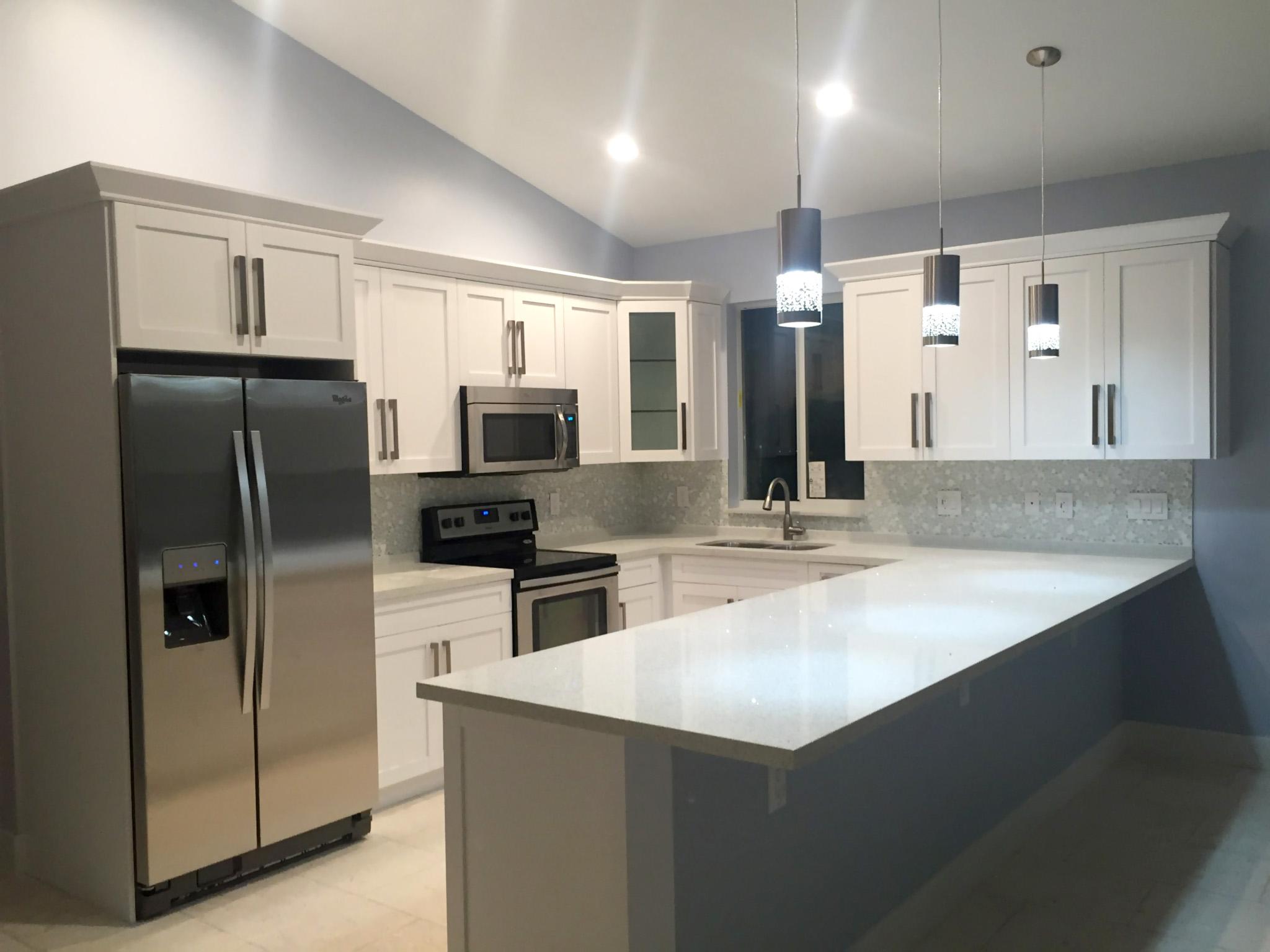 Key Largo Kitchen With White Shaker Cabinets