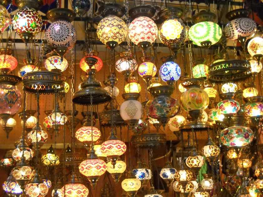 Lampen im Großen Basar in Istanbul