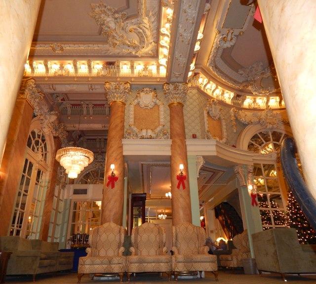Wolcott Hotel New York Lobby