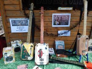 Gitarren aus Zigarrenkisten, Cigar Box Guitars, Blues, Schmus, Apfelmus