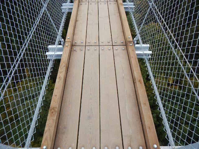 Holzboden Geierlay Hängeseilbrücke