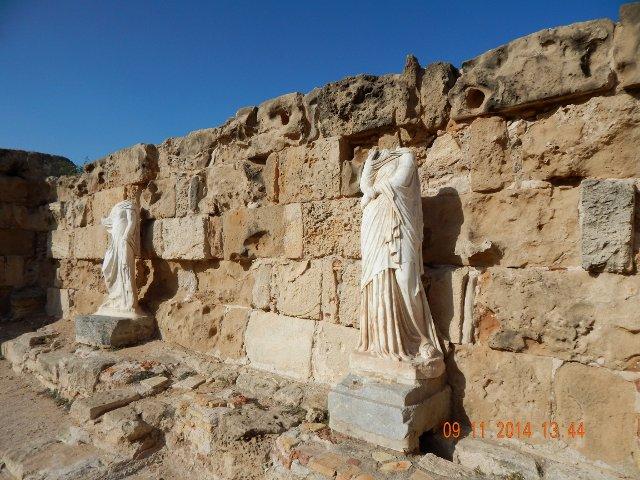 Salamis Nordzypern Statuen