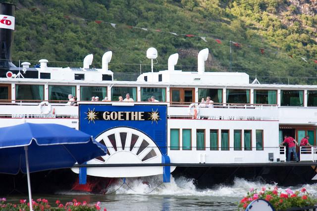 Der Schauffelraddampfer Goethe