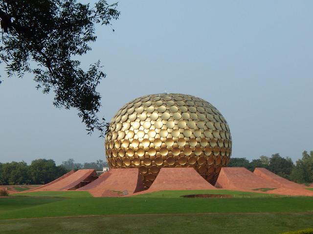Matrimandir in Auroville