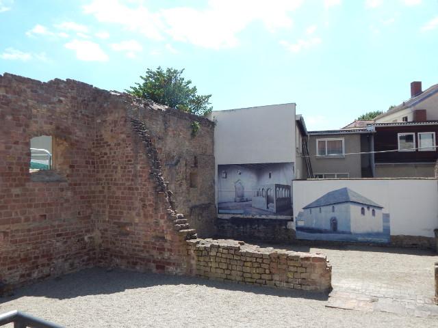 Die Reste der Synagoge in Speyer.