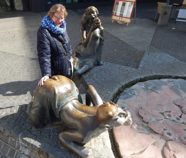 Der Brunnen am Sternplatz in Würzburg.