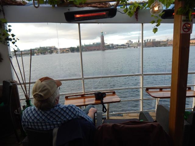 Blick vom Restaurant des Hotelschiffes auf Stockholm.