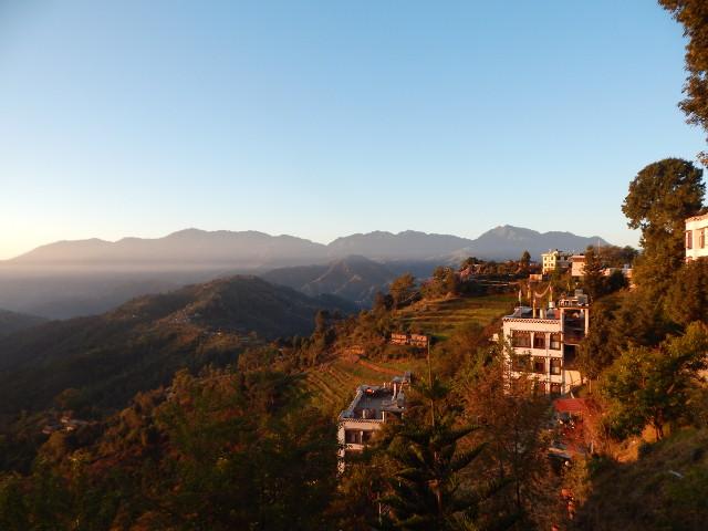Blick auf das Tal vom Kloster des Namo Buddha.