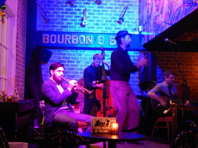 The Ibervillianaires in der Bourbon O Bar.