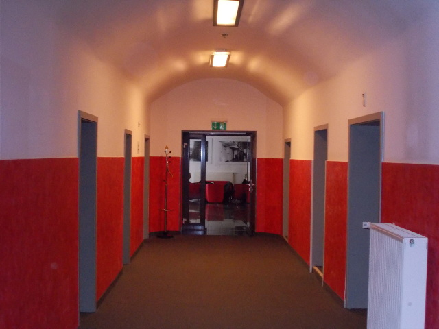 Flure im Gefängnishotel Alcatraz