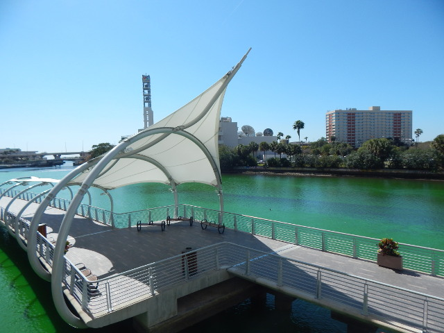 Tampa Sehenswuerdigkeiten - der Riverwalk in Tampa