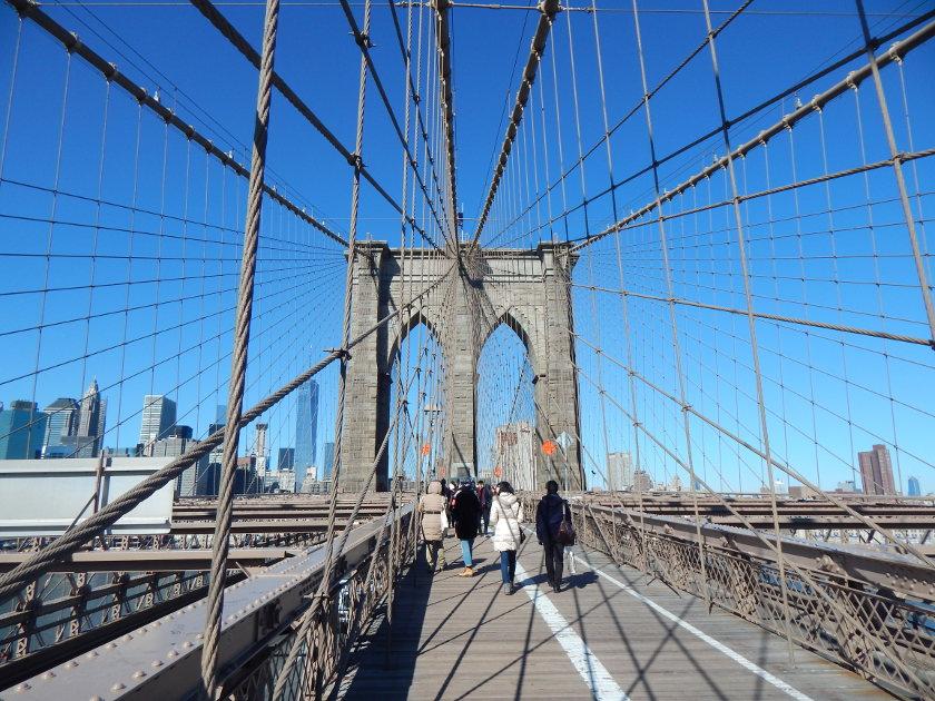 New York, einmal über die Brooklyn Bridge zu Fuß gehen! -