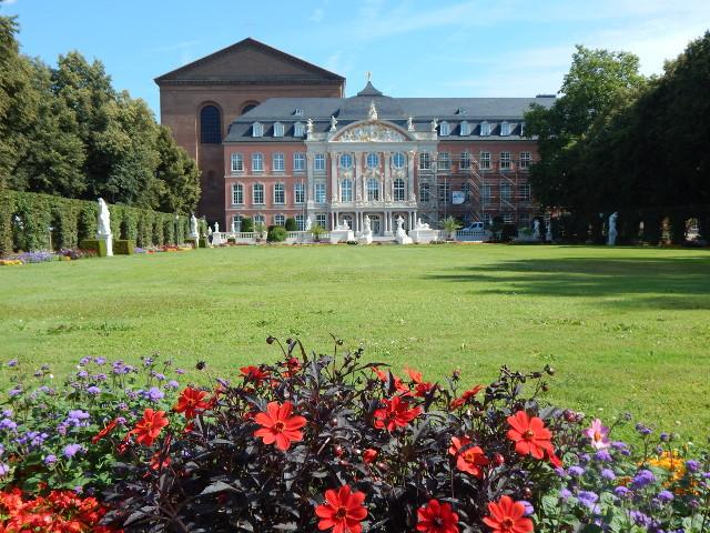Der Palastgarten des Kurfürstlichen Palais, Sehenswürdigkeiten in Trier