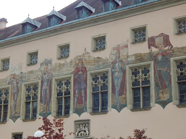 Fassendenbilder am Alten Rathaus Passau
