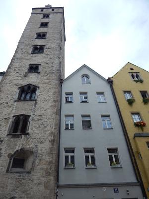 Der Goldene Turm in Regensburg