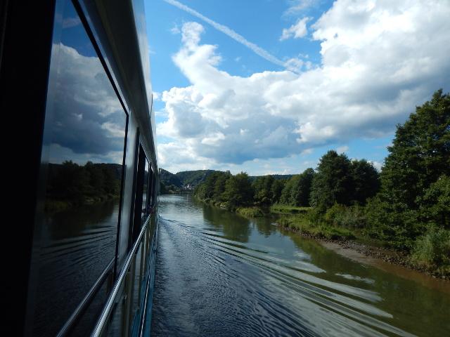 Fahrt über den Main-Donau-Kanal
