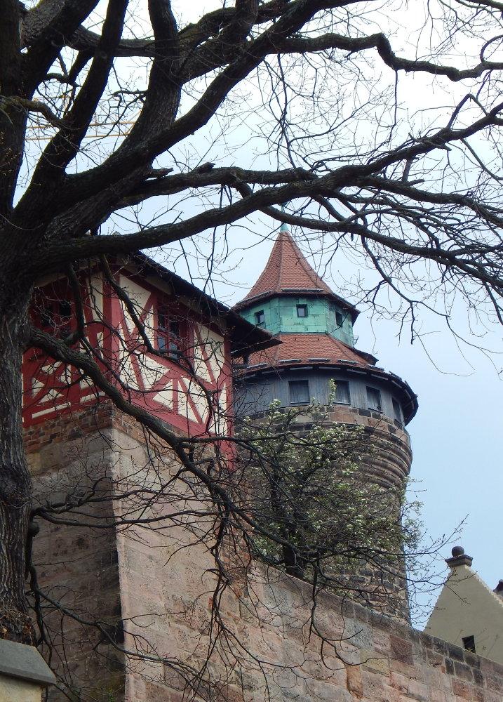 halber Tag in Nürnberg, Blick auf die Königsburg