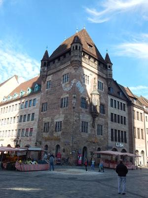 halber Tag in Nürnbrg, das Nassauer Haus in Nürnberg