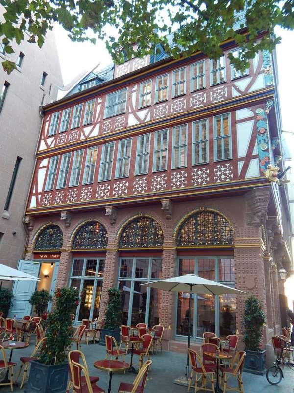 Die neue Altstadt in Frankfurt pinnen.