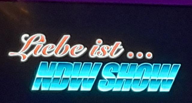 Liebe ist.. die Show zur Neuen Deutschen Welle am Abend im Eurostrand Ressort Moseltal in Leiwen