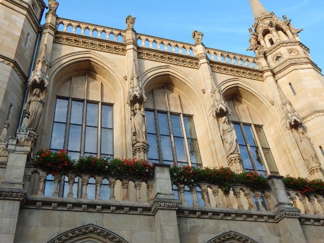 Figuren am Rathaus in Braunschweig Sehenswürdigkeiten