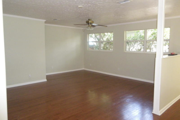 Before home staging (13)