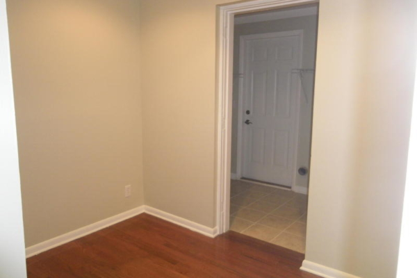 Before home staging (16)
