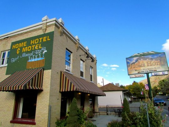 One Of Several Hot Springs Motels