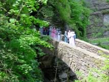 Amish tourists enjoying the gorge