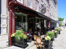 Café La Maison Smith, a wonderful coffee shop for people watching in the town square