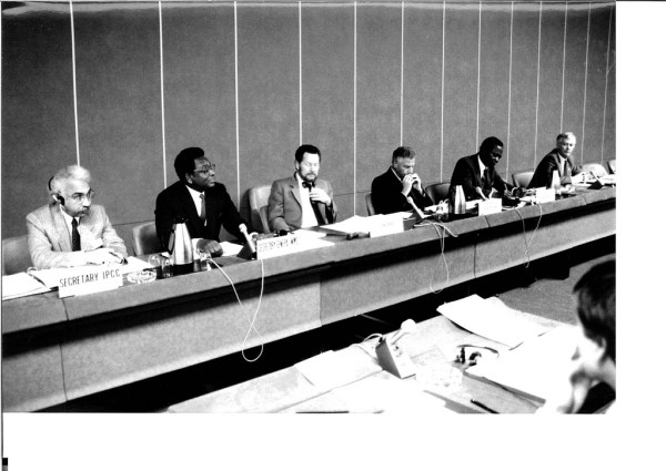 1988: First IPCC Session. Photo Credit IPCC (https://www.flickr.com/photos/ipccphoto/6841577061/in/photostream/)