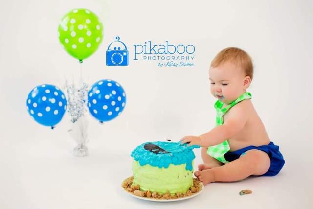 Cake smash blue cake baby