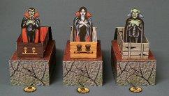 Papercraft imprimible y armable de la Familia Drácula para Halloween. Manualidades a Raudales.