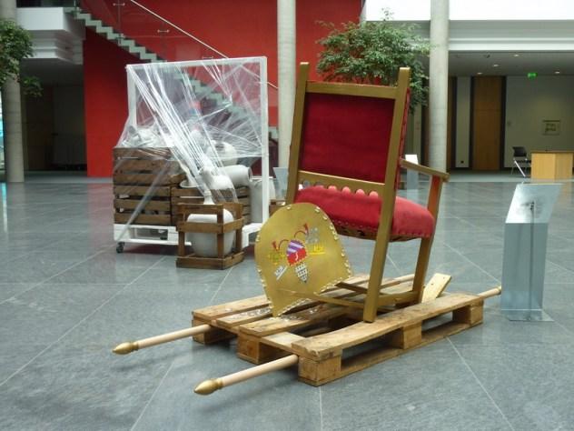 Carola Weber-Schlak: Der Heilige Stuhl, EuroNorm'14