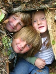 Ravenwood Nature Survival Shelter Kids