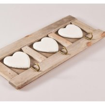 shabby-chic-wooden-triple-heart-wall-hooks-p847-819_zoom