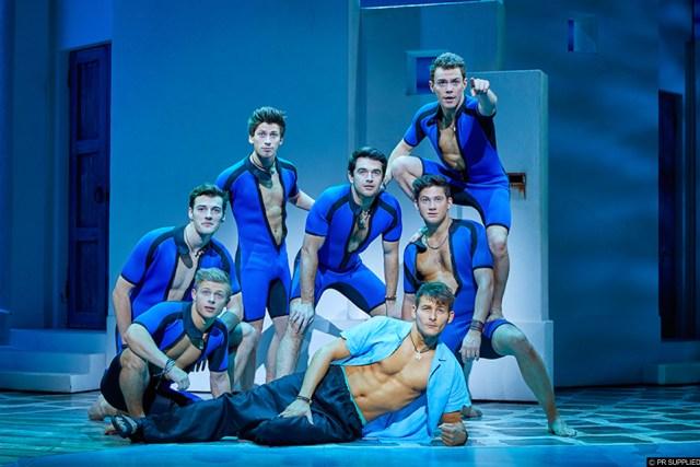 Mamma Mia Theatre Tour Review