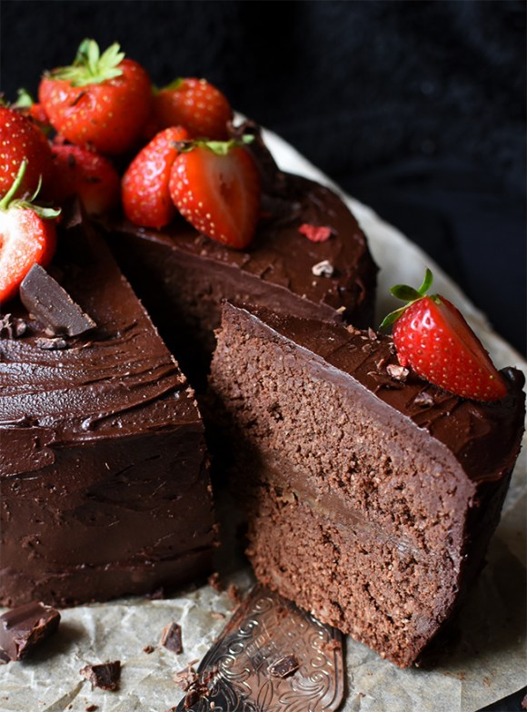 Raw Chocolate Cake with Chocolate Ganache Frosting