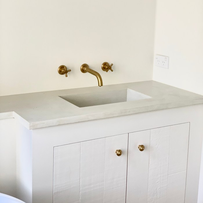 Custom Vanity with Integrated Basin – Private Client